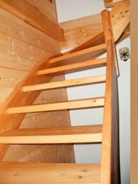 Escalier en mélèze sans contre marche